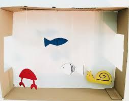 Acquario fai da te per bambini lavoretti creativi con il cartone