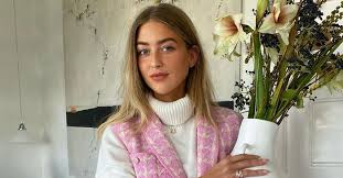 The 12 Best <b>Turtlenecks</b> for <b>Women</b> That Are So Chic | Who What ...