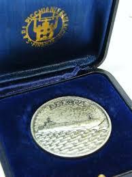 1977 lloyd triestino m v africa silver medallion marked 800 weighs 19 6g