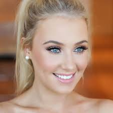the 25 best ideas about natural wedding makeup on bridesmaid makeup natural simple wedding makeup and bridesmaid makeup