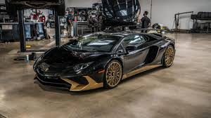 lamborghini aventador 2018 gold. this motor enables the aventador sv to sprint from 0-100 kmph in a mere 2.8 seconds, all way up top speed above 350 mark. lamborghini 2018 gold