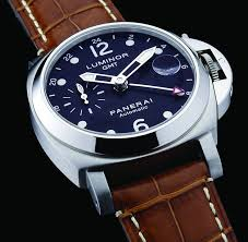 17 best ideas about panerai watch straps panerai there are number of brands that have a and recognition among luxury watches for men here is list of top luxury watches panerai luminor gmt alligator