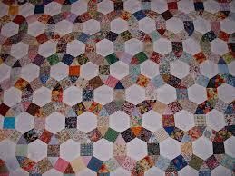 Mini-Mum | Full Size Quilts & Scrappy Merry Go Round quilt Adamdwight.com