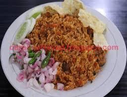 Masukkan kecap manis, aduk nasi goreng dengan api kecil saja. Cara Membuat Nasi Goreng Aceh Spesial Pedas Khas Aceh Resep Masakan Indonesia