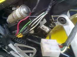 regulator rectifier wiring cbr forum enthusiast forums for i got my bike used 02 cbr600 f4i and after my rectifier has failed i found out that the bike s wiring has been tampered