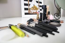 i often get questions about what makeup i m using at the moment and what my tips and tricks are so i thought i d share a little bit about what s in