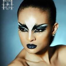 black swan inspired makeup love the black feathered out eyes and black lipstick