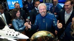 Richard Branson fliegt vor Jeff Bezos ins Weltall: Start am 11. Juli -  Wirtschaft - Bild.de