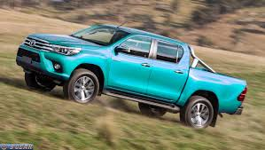 Car Reviews | New Car Pictures for 2018, 2019: 2016 Toyota Hilux ...