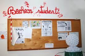 Risultati immagini per immagini di bacheche degli studenti