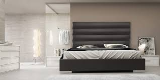 Inspiring Platform Bed Queen For Your Bedroom Ideas: Platform Bed Queen  With Black Upholstered Headboard