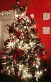 Red And White Led Christmas Tree Lights Red And White Christmas Tree Done By Natty S Decorated With