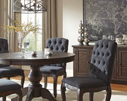 round dining room pedestal extension table