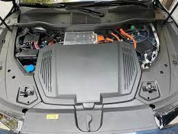 Audi E Tron Sportback First Edition Is One Slick Electric Suv Roadshow In 2020 Audi E Tron Audi E Tron