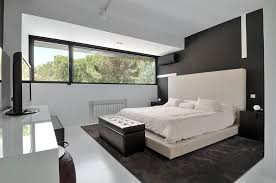 Black & White Bedroom, Modern Renovation in Madrid, Spain : Fresh Palace
