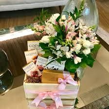 Flower box design Pots Chocolate Flower Box Stark Insider Chocoloate Flower Box Godiva Pink Flower Box Loveliest Gift Designs