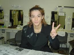 おでこ男性芸能人のデコ出しヘアスタイル集眉毛 Naver まとめ