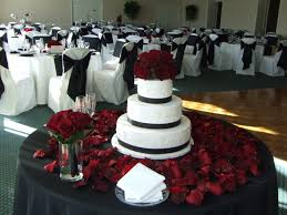 Engagement Cake Table Decorations Beautiful Cake Table Black White And Red Wedding Cake Cake