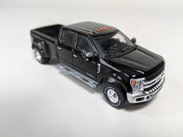1:64 2018 Ford F-350 King Ranch Dually In Shadow Black - Town and ...