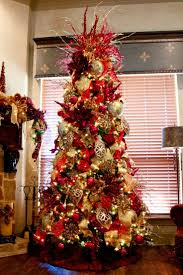 Red and gold elegant Christmas tree