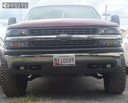 2000 Chevrolet Silverado 2500 Fuel Coupler Tuff Country Leveling Kit