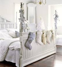 32 adorable christmas bedroom d cor ideas digsdigs