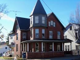 Pin by Priscilla Shelton on From the Curb | Historic homes, Victorian  homes, Historic home