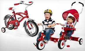 groupon radio flyer radio flyer classic cruiser bike or 4 in 1 tricycle in groupon