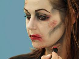 lining lips for zombie makeup