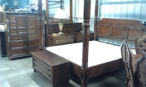 Second Hand Italian Bedroom Furniture Cheap Bedroom Sets Cindy Crawford Furniture With Wooden Cindy