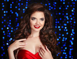 Brunette Hairstyles 24 Best Beautiful Smiling Girl Makeup Hairstyle Happy Brunette With R