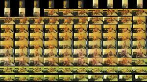 Virginie salope blonde en bas resille