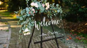 Wedding Seating Chart Acrylic Clear Acrylic Wedding Decorations Are The Surprisingly Cool