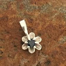 925 sterling silver flower sapphire pendant flower pendant set with natural dark blue sapphire