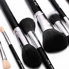 with full size high quality pure natural birch wood handle collocation exquisite 7 layer paint make makeup brush feel nice and le