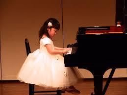 子供のピアノ発表会で見栄えの良い簡単なヘアアレンジ ショートボブ編