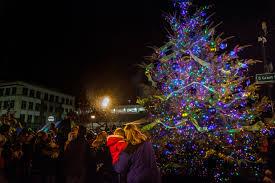 Ventura Tree Lighting 2017 City Of Roseville Christmas Tree Lighting Presented By City