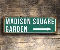 「Madison Square Garden logo」の画像検索結果