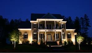 house exterior lighting ideas. nitelites of delaware outdoor lighting company offers landscape ideas for homeowners at the home and garden show house exterior