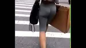 Candid Jiggly Leggings Ass