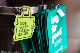 Green campaigners plead with supermarkets to put UP the price of a bag for  life | Daily Mail Online