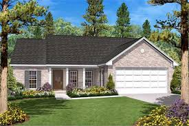 142 1008 3 bedroom 1400 sq ft country house plan 142 1008 front