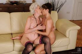 Older granny lesbian porn