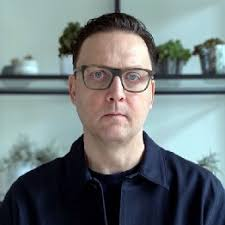 Scott Smith – Medium
