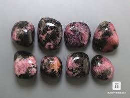 <b>Родонит</b> в каталоге природных минералов и камней
