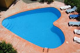 cool shaped swimming pools. Outdoor Design Ideas : Heart Shaped Pool For Valentine\u0027s Day Cool Swimming Pools