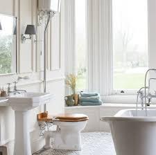 Best 25+ Traditional bathtubs ideas on Pinterest   Large ...