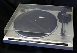 pioneer record player. pioneer pl-320 turntable, record player,phonograph-- a1 condition pioneer record player