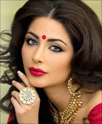 stani bridal eye makeup tips saubhaya kohl with even tone shadow