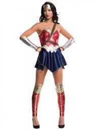 Wonder Woman Justice League 4-tlg. HIER kaufen » Deiters